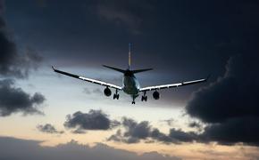 Самолет «Победы» готовится сесть в Петрозаводске из-за закурившей пассажирки