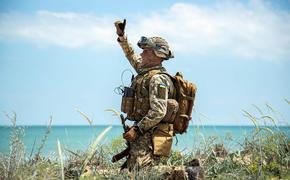 Военный ВСУ выложил видео уничтожения ракетами позиции бойцов ДНР в Приазовье