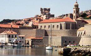 Названы две европейские страны, готовые принять российских туристов