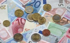 Курс евро впервые с 1 апреля поднялся выше 87 рублей
