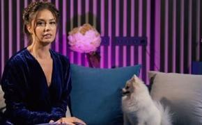 Муцениеце рассказала, как Прилучный признавался ей в любви после развода