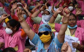 В Индии врачи бастуют за повышение зарплаты
