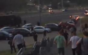 В Минске милиция применила светошумовые гранаты и слезоточивый газ против протестующих