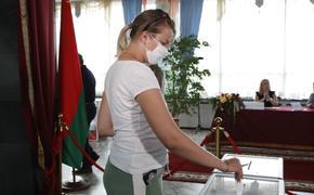 Главу ЦИК Белоруссии и аналитика эвакуировали ночью из Дома правительства