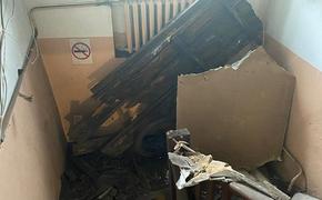 В Хабаровске рухнул потолок в жилом доме