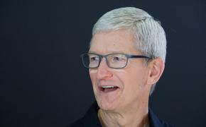 Глава Apple Тим Кук стал долларовым миллиардером