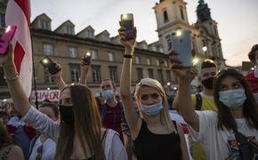 Милиционеры в белорусском Бресте применили боевое оружие против оппозиции
