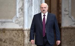 Лукашенко напомнил силовикам, что они славяне и призвал не избивать человека, если «он упал»