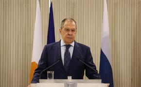 Песков заявил, что отмена визита Лаврова в Берлин связана с изменением формата поездки