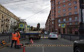 На площади Революции в центре Челябинска появился временный пешеходный переход