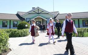 Власти Новгородской области не исключают продления школьных каникул