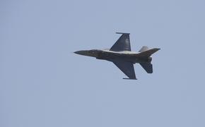 Avia.pro: армия Армении могла повредить турецкие F-16 при ракетном ударе по аэродрому в Азербайджане