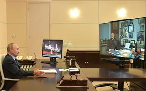 Путин по видеосвязи поздравил Михалкова с 75-летием и поднял бокал с шампанским