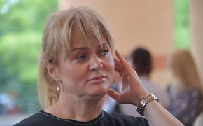 Анна Михалкова поздравила отца с юбилеем