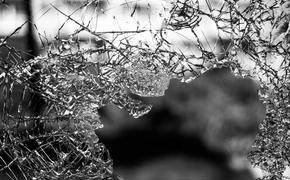 Мужчина выпрыгнул из окна здания СК РФ на востоке Москвы