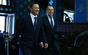 Глава МИД Киргизии заявил о непримиримой борьбе с коррупцией в стране