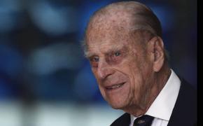 Муж Елизаветы II назвал поведение принца Гарри и Меган Маркл «инопланетным»