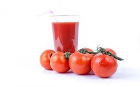 Японские ученые заявили, что томатный сок способен снизить артериальное давление
