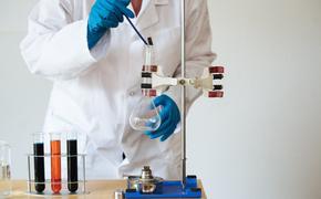Эпидемиолог Тотолян рассказал о способности людей не заболевать коронавирусом