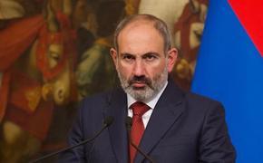 Пашинян объяснил, почему российские военные находятся на границе с Карабахом