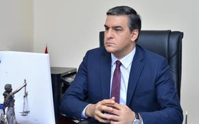 Омбудсмен Армении Арман Татоян обвинил Азербайджан в применении в Карабахе химического оружия