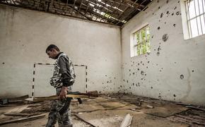 Появилось видео взрыва покинутой армянской воинской части на отошедшей Баку территории в Карабахе