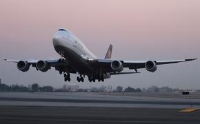 Boeing 747 совершил экстренную посадку в Новосибирске
