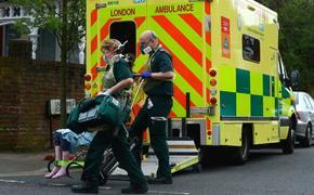 В Великобритании начинается вакцинация от COVID-19, но до победы над вирусом ещё далеко