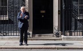 Великобританию заблокировали уже четыре десятка стран