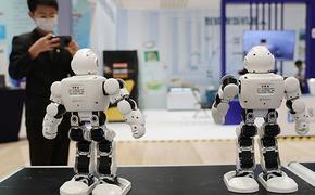 Роботы-библиотекари поругались, выбирая книгу для посетителя