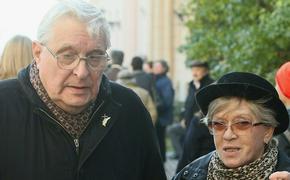 В БДТ сообщили о состоянии госпитализированных с COVID-19 Басилашвили и Фрейндлих