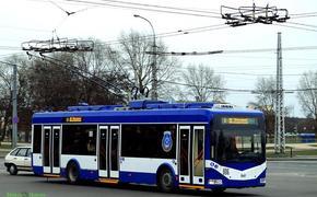 «Что-то случилось»: обещанные Собяниным троллейбусы не добрались до Хабаровска