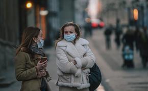 Глава Минздрава РФ объяснил, нужно ли носить маски привившимся от коронавируса