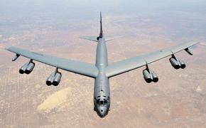 Двойка B-52 ВВС США совершила полет над Ближневосточным регионом