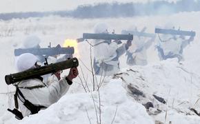 Огнеметчики ЗВО научились управлять «шмелями»