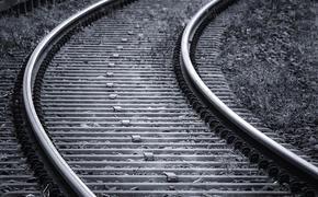 Поезд насмерть сбил женщину в Сочи