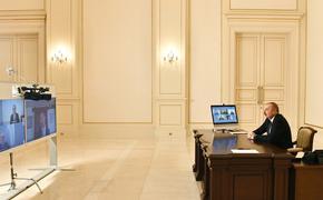 Президент Азербайджана предостерег Армению от эскалации в Карабахе, пригрозив кулаком