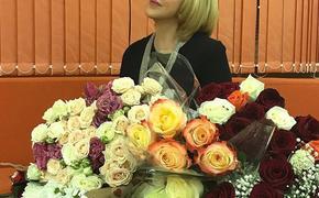 Любовь Успенская раскрыла, кто ей подкорректировал фигуру