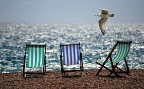 В АТОР призвали планирующих отпуск за границей россиян приобретать страховку от невыезда
