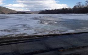 В Хабаровском крае начали закрывать ледовые переправы