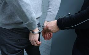 В Новосибирске доставленный в суд обвиняемый погиб от выстрела сотрудника конвоя