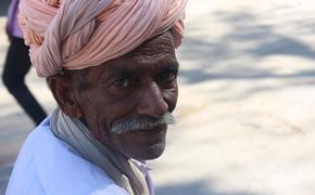 В Индии за сутки выявили более 295 тысяч новых случаев заражения коронавирусом
