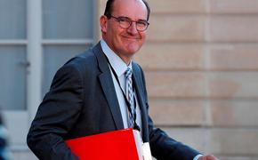 Французский премьер-министр получил несколько десятков трусиков по почте