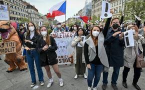 Репутация президента Чехии Милоша Земана серьезно пошатнулась?