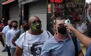 По мнению медиков, пандемия в Бразилии до сих пор вне контроля властей