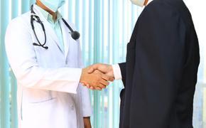 Минздрав РФ перечислил новые рекомендации по профилактике и лечению коронавируса