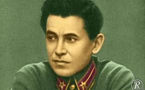 В постели со сталинским наркомом