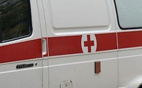 За минувшие сутки из-за сильного ветра в Москве пострадали три человека
