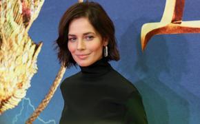 В сети обсуждают новую стрижку актрисы Юлии Снигирь