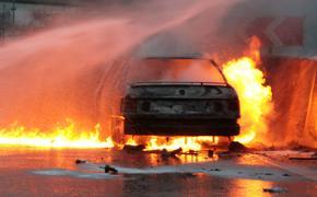 Автомобиль загорелся на МКАД